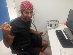 אני בניסוי EEG