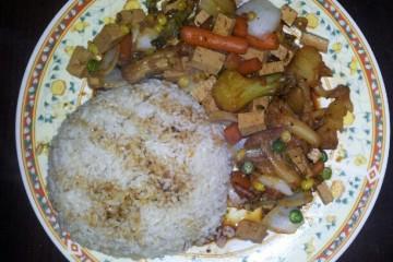 מתכון טבעוני וטעים – טופו ואורז מלא