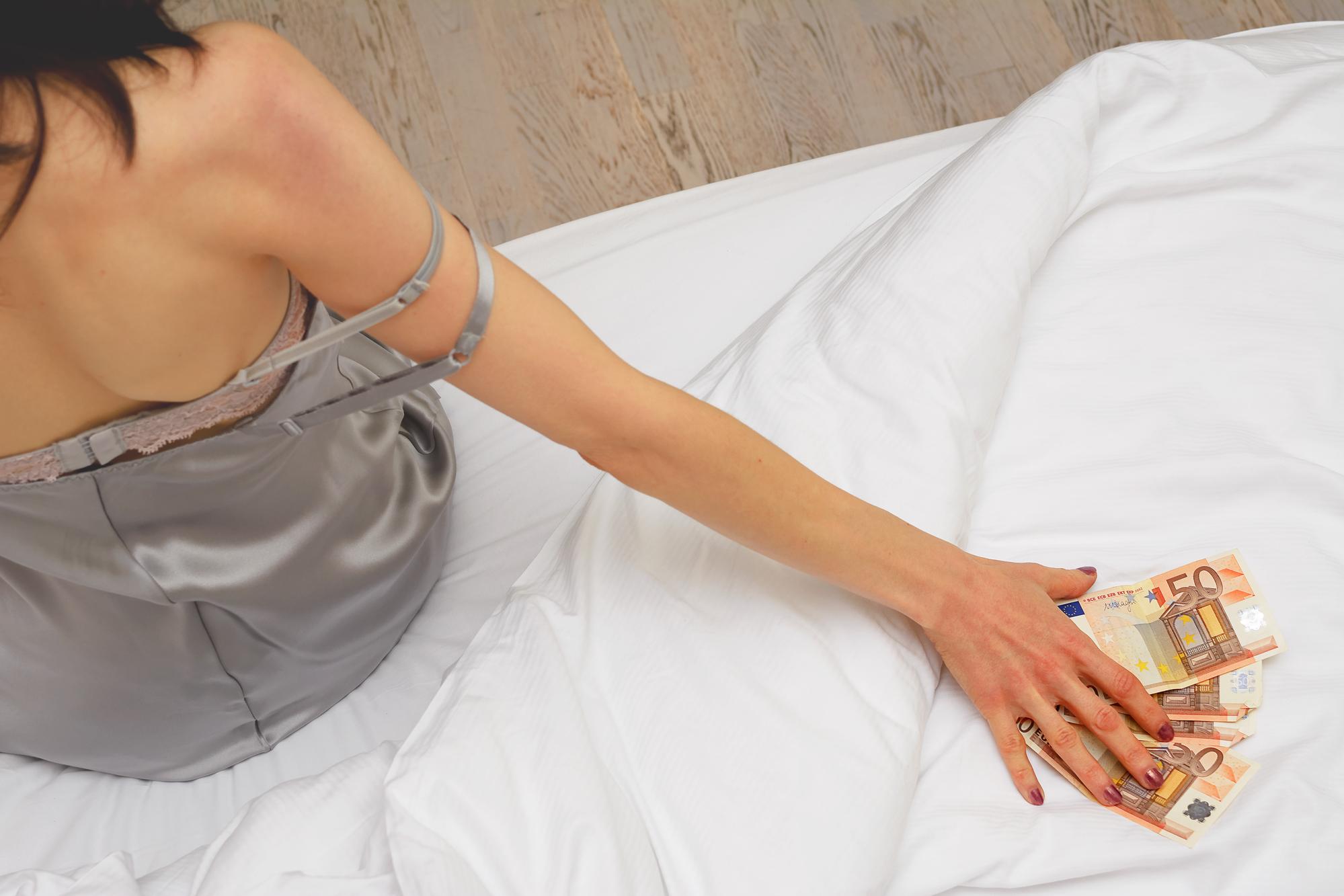 סקס וכסף – האם עשירים טובים יותר במיטה?